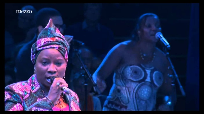 Homenagem a Cesaria Evora no Circo de Inverno de Paris Festival dIle de France 2012
