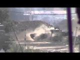 Выстрел танка, видно снаряд в полете