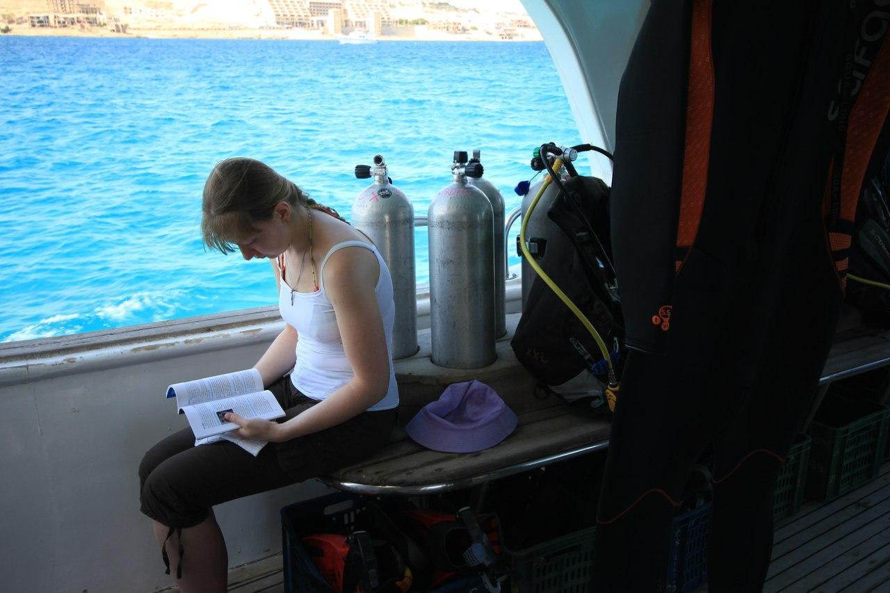 Open water diving 2Rv8gPySBSE