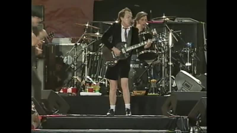 AC_DC - (Live Toronto 2003 [Full Concert])