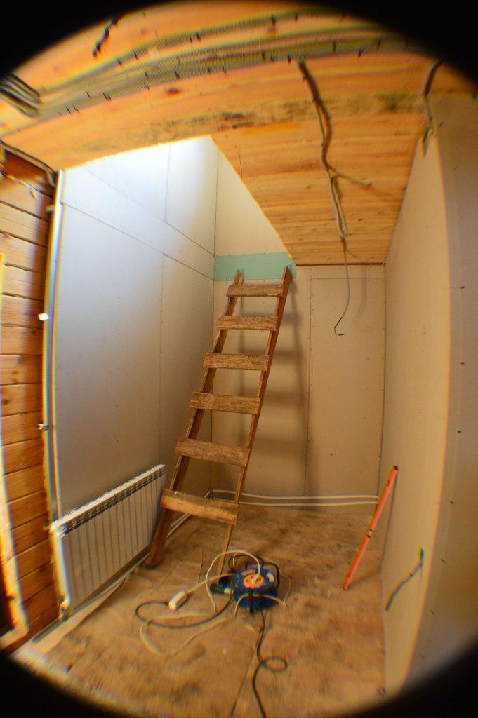 До изготовления имонтажа лестницы