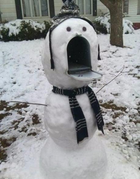 Зимний почтовый ящик (1 фото)