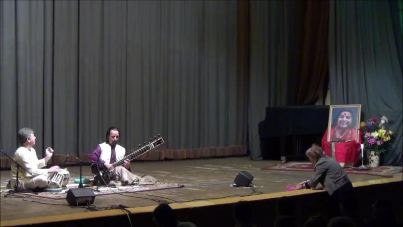Oleg Dyachenko - Raga Bhayravi - Sitar Tabla - Sahaj Muzik...