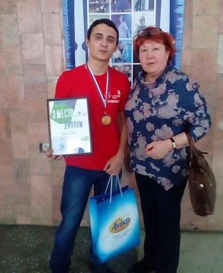 Студент УИ ТЛТУ занял третье место в номинации «Поварское дело» регионального чемпионата «Молодые профессионалы»