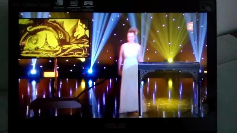 Le Grand Cabaret sur son 31. Alyona Voynova. Bonne Annee 2018 Paris
