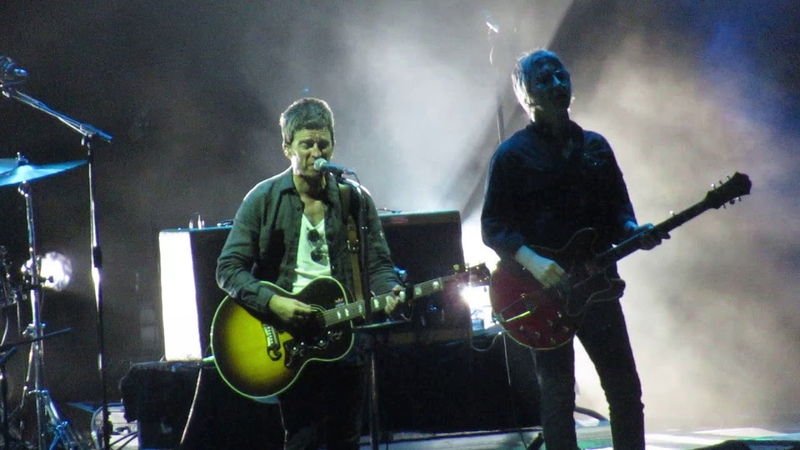 Noel Gallagher's High Flying Birds - Don't Look Back in Anger (live @ iDays 2018, Milan)