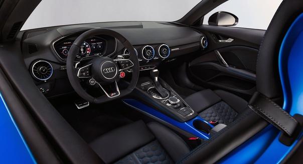 Купе и родстер Audi TT RS: номинальный рестайлинг