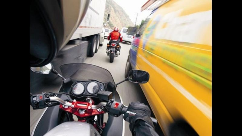 Междурядье на мотоцикле.