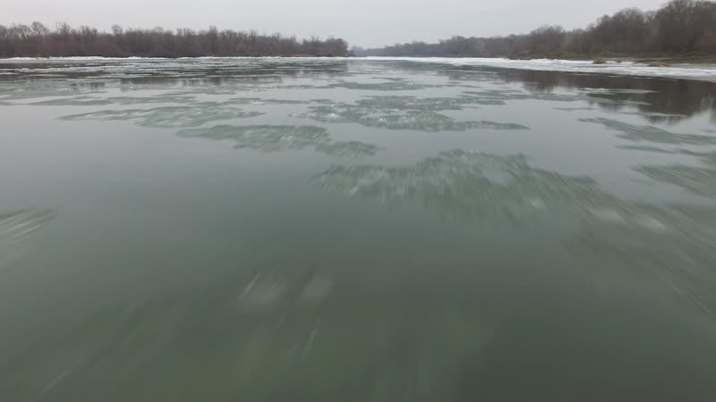 Лиски лед