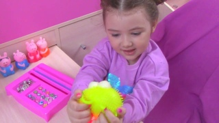 ВЛОГ Наши Покупки на лето и Открываем яйцо с сюрпризом Киндер Джой / Kinder Joy