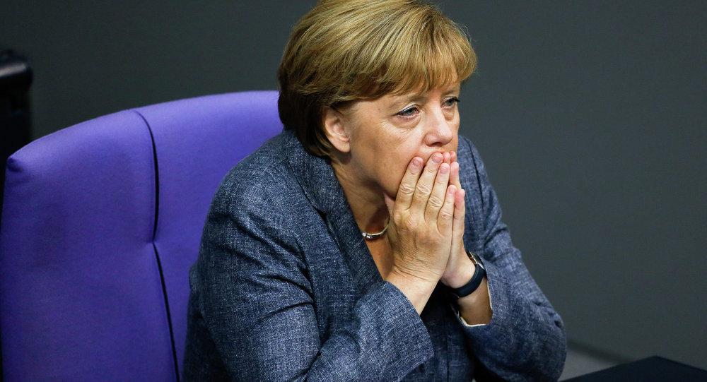 Меркель собирает чрезвычайный саммит со странами ЕС