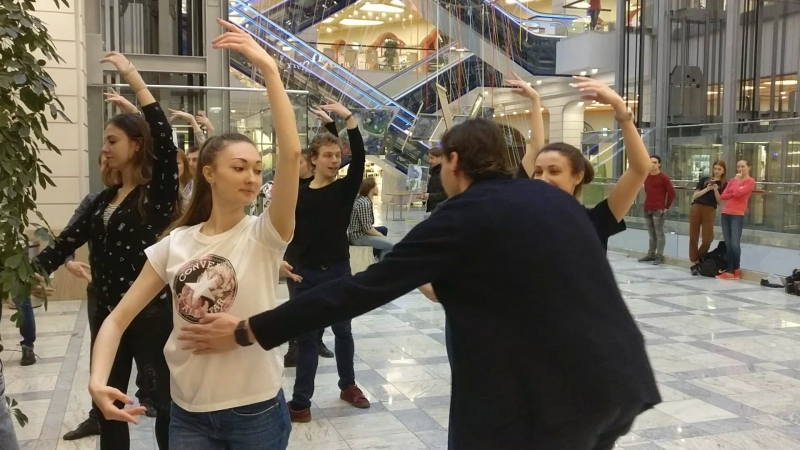 Репетиция Вечера современной хореографии в Центре Галереи Чижова
