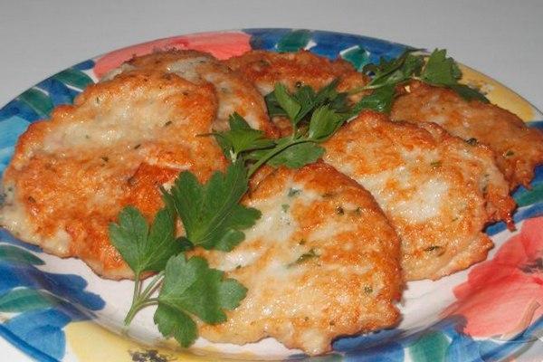 Аппетитные картофельно-куриные оладьи