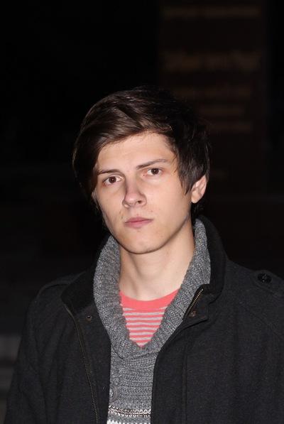Антон Устимов
