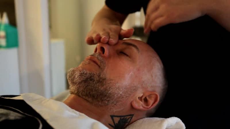 Nergal in Barberian Esthetic | wodorowe oczyszczanie skóry twarzy