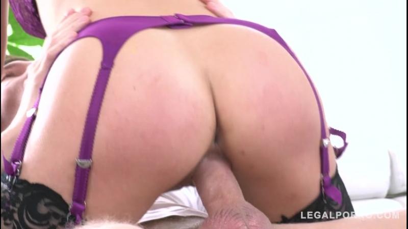 Cherie DeVille Squirting Milf Cherie DeVille Fucked Balls Deep By Handymans Huge Cock GP055 11 07 2018 480p