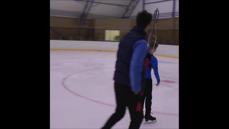 "@angelsofplushenko on Instagram_ ""Настя Тараканова отрабатывает прыжки. Готовитс"