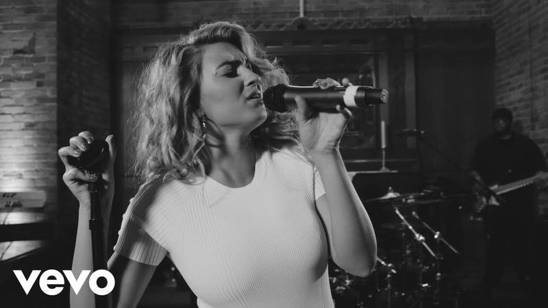 Tori Kelly - Sunday (Live)