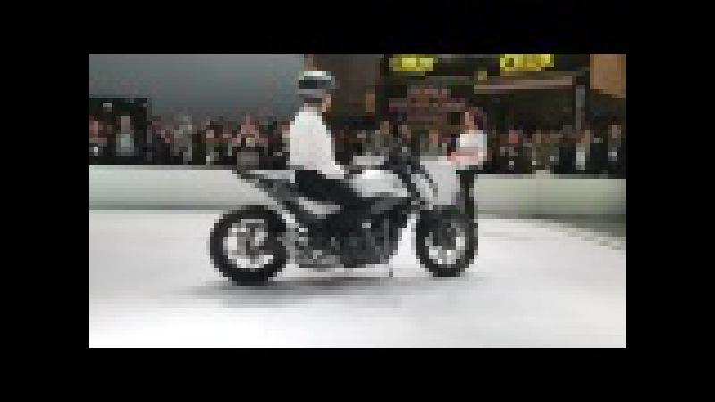 Honda Riding Assist Demo CES2017 HONDA