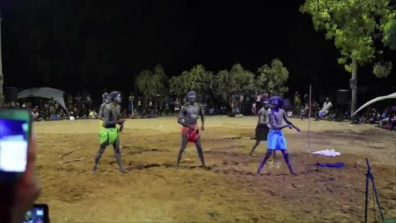 Аборигены Австралии . The Aborigines Of Australia . Dance Sirtaki )