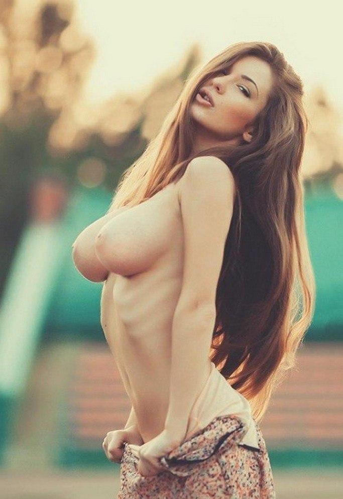 Фото голи девшка 21 фотография