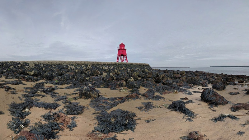 Herd Groyne Lighthouse and North Sea - South Shields | 360 Degree Video