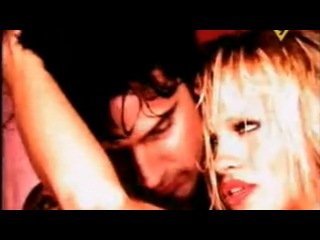 Tommy Lee & Pamela Anderson - Welcome to planet boom