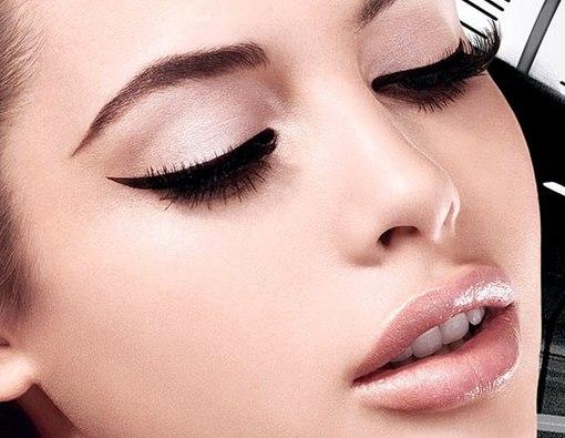 Возрастной макияж глаз