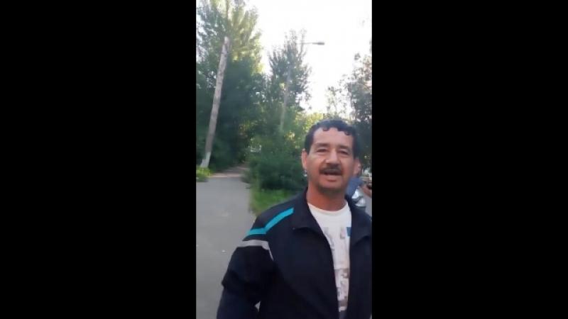 Нелегальный рабочий из Капитал Инвеста угрожает жительницы дома