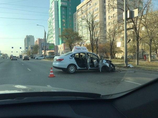 Вы всё еще живы и здоровы? Тогда Яндекс такси идет к вам!