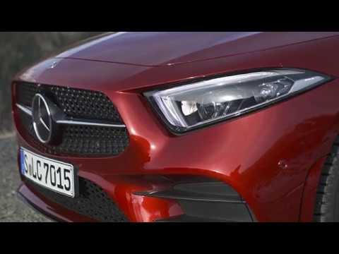 2019 Mercedes-Benz CLS 450 4MATIC iç dış tasarım tanıtımı ve araç özellikleri