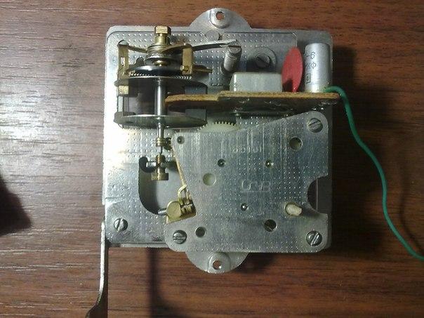 Ремонт электромеханических часов янтарь своими руками 947