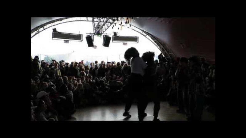 TOP 32 JusteDebout hiphop Paris 2016 Jeny Mavinga vs Funkahips