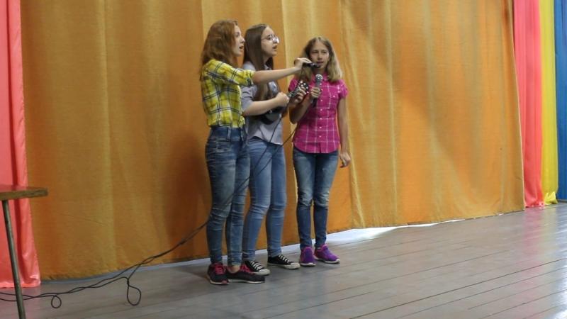 Трио с укулеле