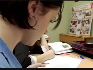 Четвёртое видео: Как школьники разъясняют учителю ,что брак и баба - это шляпа!