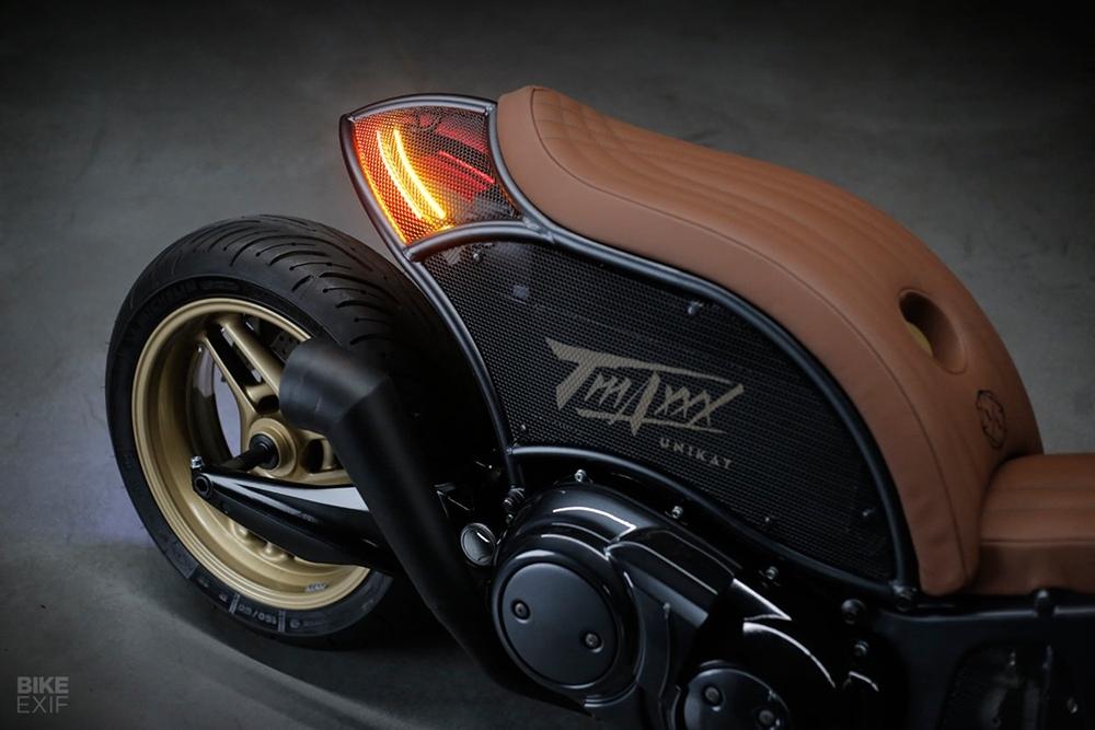 Unikat Motorworks: кастом-скутер Yamaha TMAX XP500 2009