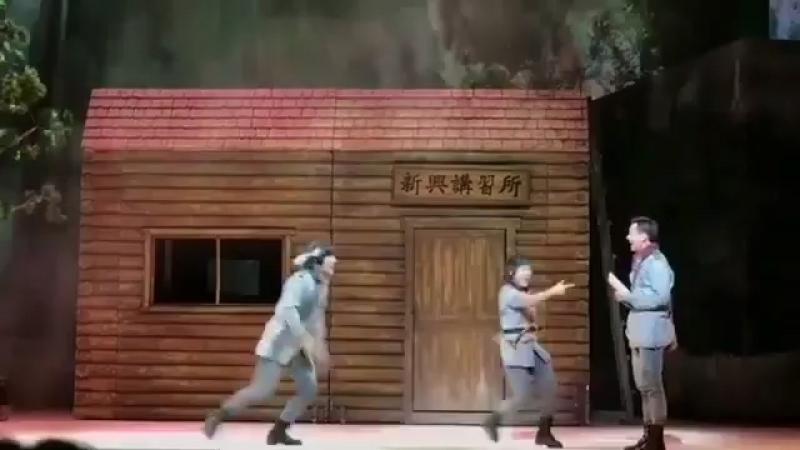 -1) Отр.мюзикл «Военная школа Шинхын»