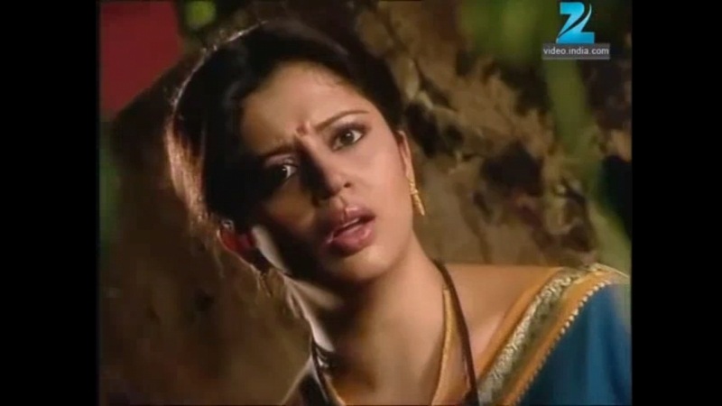 Neha is stabbed with bayonet knife