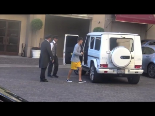 October 26: Video of Justin arriving at the Montage Hotel in Beverly Hills, California.