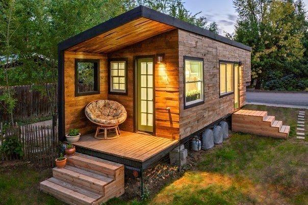 Небольшой дачный домик