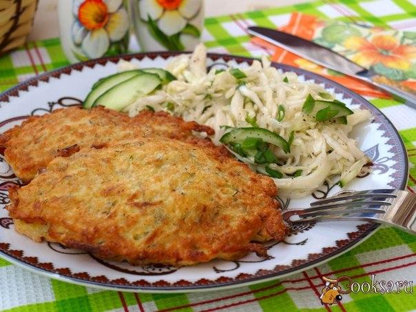 Свинина по-степному Предлагаю приготовить вкусную свинину в картофельной шубке. Это блюдо вполне самодостаточное, картофельная шубка выполняет роль гарнира и вполне нормально подать такое мясо со свежими овощами или каким-нибудь салатом.