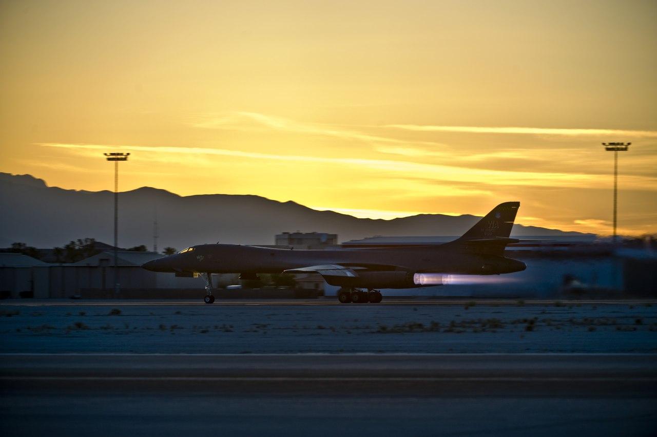US Air Force - USAF - Page 5 D9MwejapSLQ