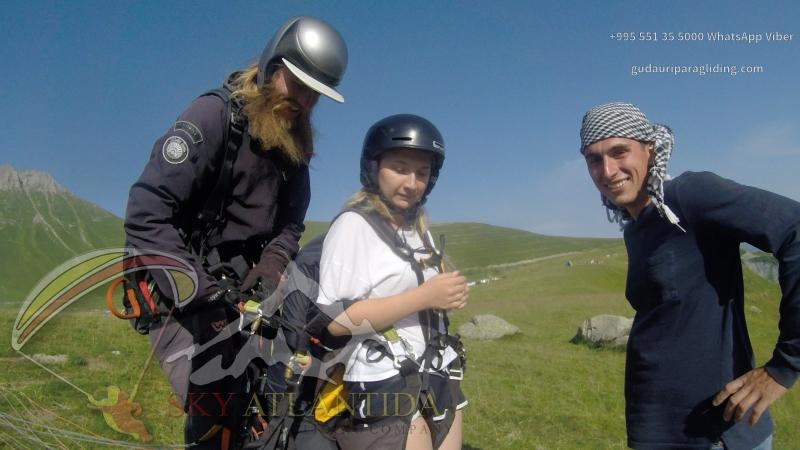 Полёт на параплане в Гудаури парапланерный кемпинг SkyAtlantida paragliding camping SkyAtlantida gudauri paragliding полет гуд