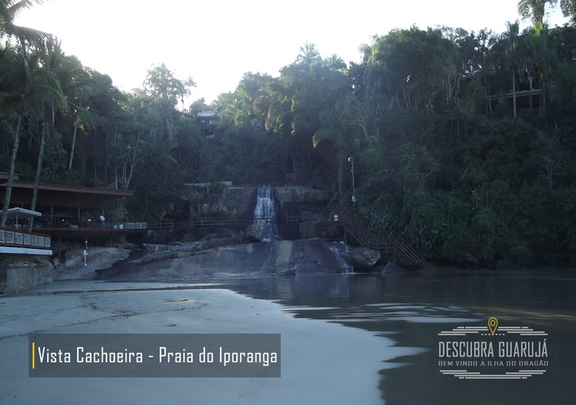 Cachoeira da praia do Iporanga no Guaruj#225;