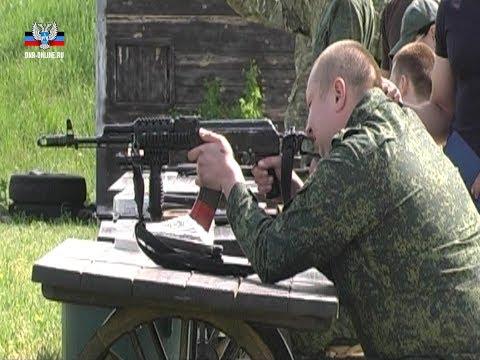 Военнослужащие ДНР и ЛНР, получившие увечья в боях, поборолись за звание лучшего стрелка в Донецке