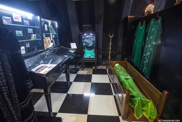 Добро пожаловать в музей смерти Официально он называется Музеем мировой погребальной культуры и находится далеко за городом. В посёлке, название которого прямо противоположно смерти — Восход. В