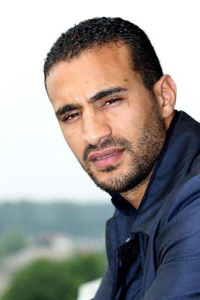Badr hari updated his profile picture