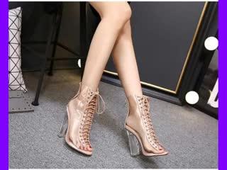 Самые трендовые ботинки для женщин в 2019 году.