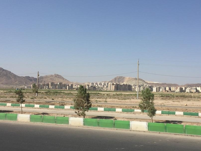 Пригород Кома. Путешествие в Иран