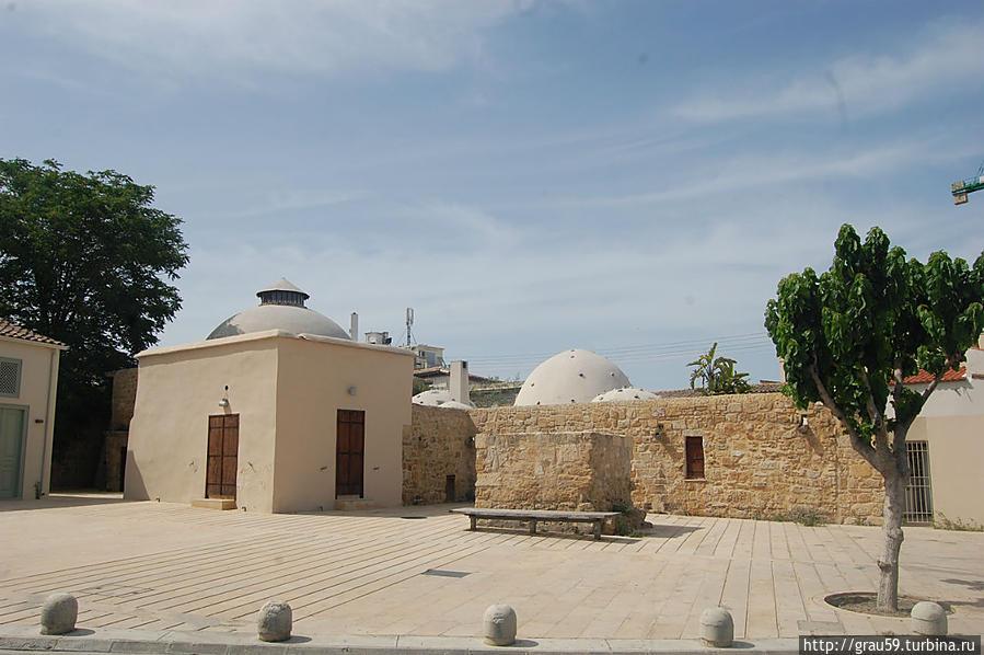 D3hFJCOZ54c Никосия (Лефкосия) столица Кипра.